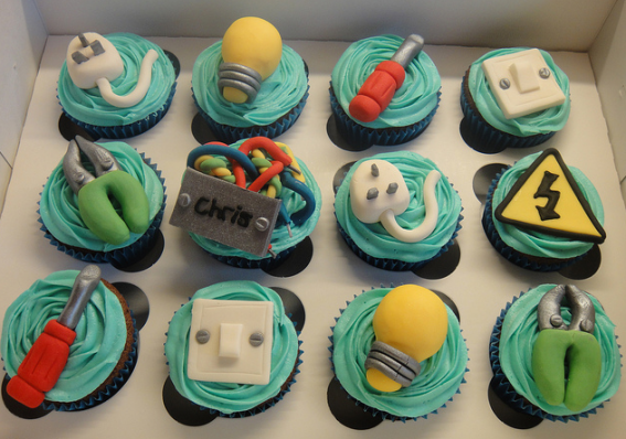 Electrician Cake Decorations http://partycupcakeideas.com/looking-for-a-bit-more-spark/
